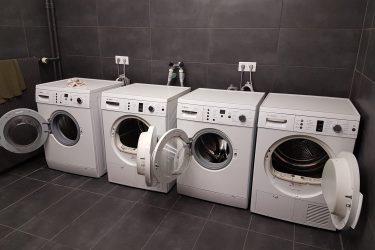 46731376_Apeldoor-robijn-9--centrale-wasgelegenheid